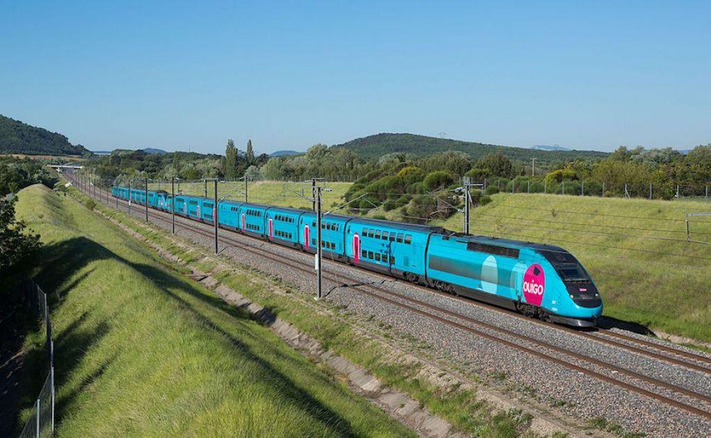Le TGV Ouigo entre en gare à Nancy