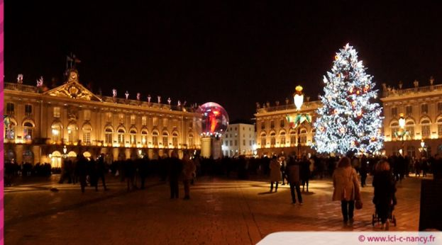 Illumination du sapin Place Stanislas / photo ICN.fr