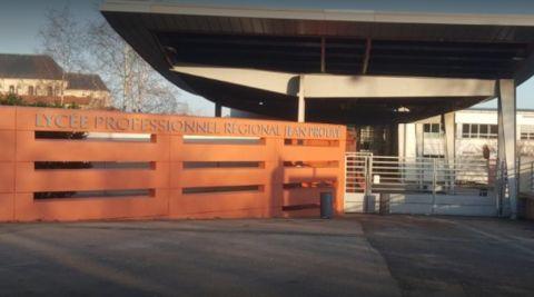 Intrusion et tirs au lycée Jean Prouvé : plusieurs lycéens interpellés