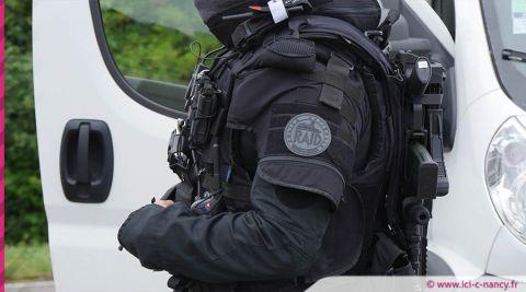 Saint-Nicolas-de-Port : le RAID intervient pour un homme retranché